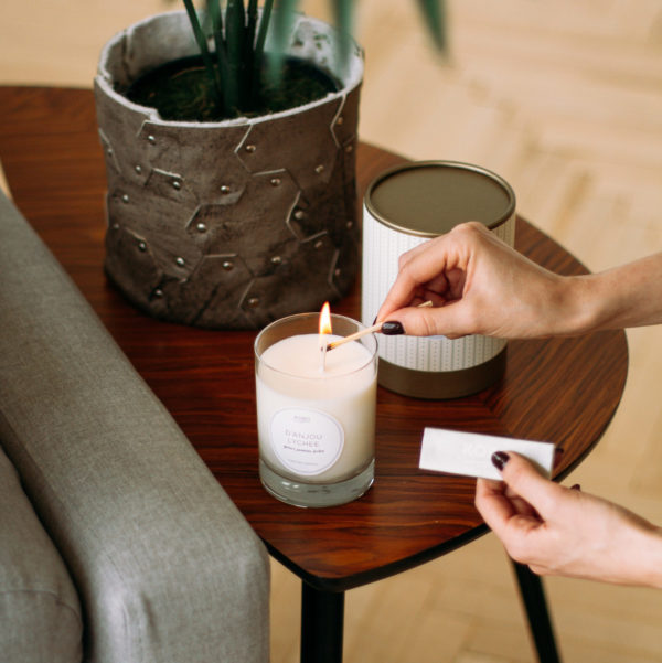 Закажите ароматические свечи KOBO Candles в магазине Candlesbox