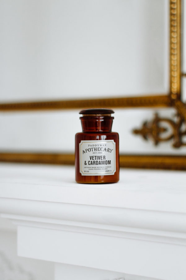 Большой выбор средних аромасвечей в магазине Candlesbox