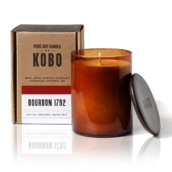 мужская ароматическая свеча Bourbon 1792 от KOBO Candles в интернет магазине Candlesbox