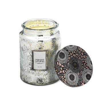 Ароматическая свеча YASHIOKA GARDEN от VOLUSPA в интернет-магазине ароматов для дома Candlesbox